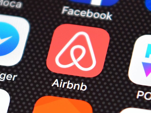 Airbnb Gobbles Up Last-Minute Booking Service HotelTonight