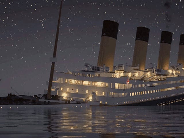 Watch the <i>Titanic</i> Sink in Real Time