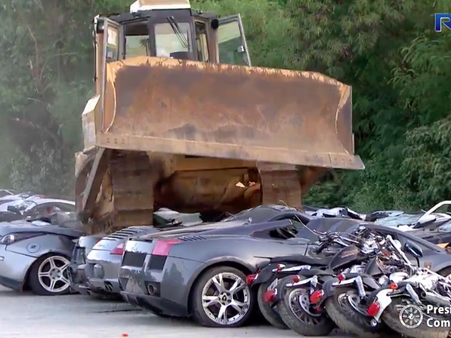 You Will Cry Watching the Philippines Crush This Lamborghini With a Bulldozer