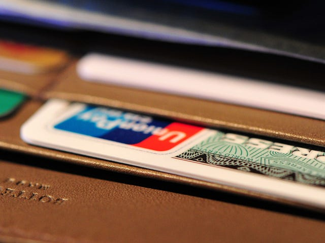 American Express Admits to Theft of Customer Data Three Years Late [Updated]