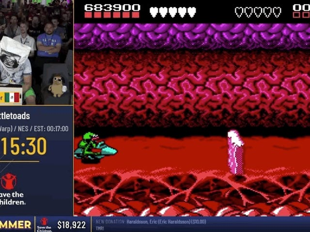 Speedrunner Bate o Infamous Turbo Tunnel do <i>Battletoads</i> enquanto está vendado