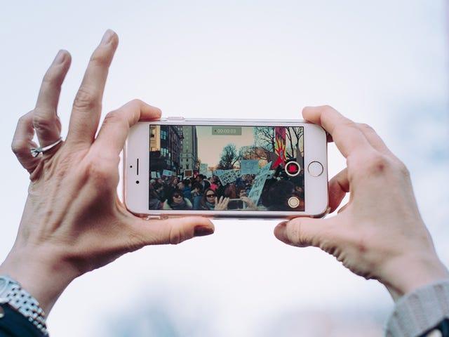 Πώς να χρησιμοποιήσετε την κάμερα του τηλεφώνου σας για να κάνετε GIFs of Anything