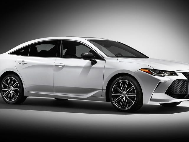2019 Toyota Avalon: We're Still Doing This One, Huh