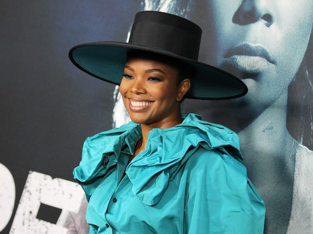Look at Gabrielle Union's Fancy Hat