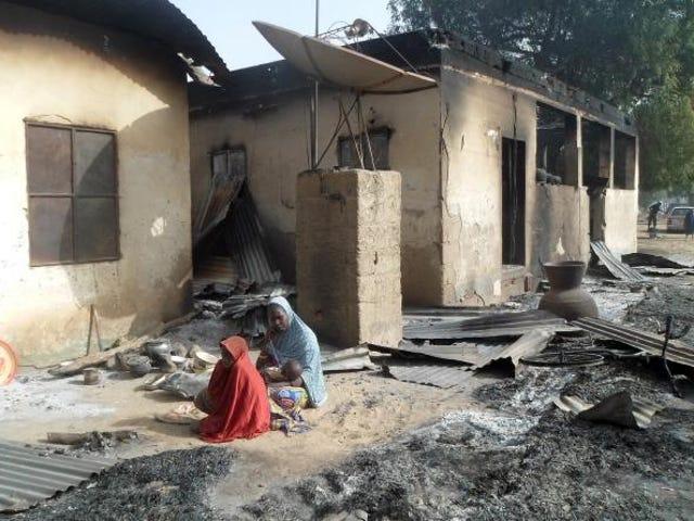 報告:ナイジェリアでボコハラムが火傷を負った子どもたち