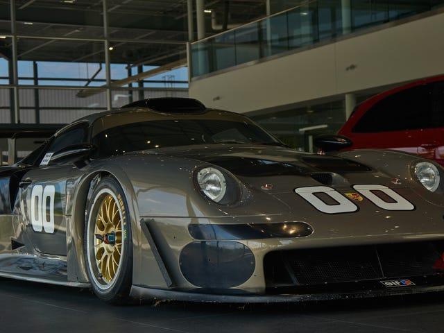 Έμεινα το απόγευμα με ένα 911 GT1
