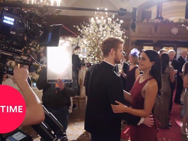 Bli royalty: Skuespillerinne Parisa Fitz-Henley Talks omforming til Meghan Markle