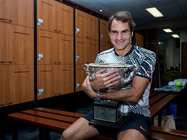 Le vieil homme Federer signe un nouveau contrat et peut continuer à jouer jusqu'à ce que l'humanité quitte Mars