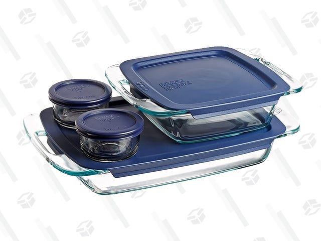 Time to Channel Your Inner Grandma Because Pyrex Dishes Are STILL 40% Off