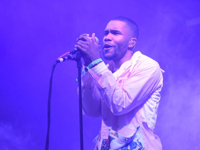 Perintah Pencemaran nama baik Frank Ocean's Father Against Him