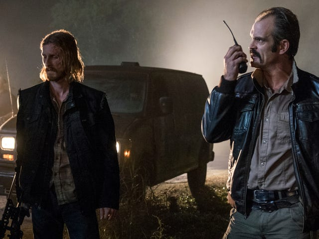 This Spoilery Walking Dead Clip Shows a Surprising Turn in the War