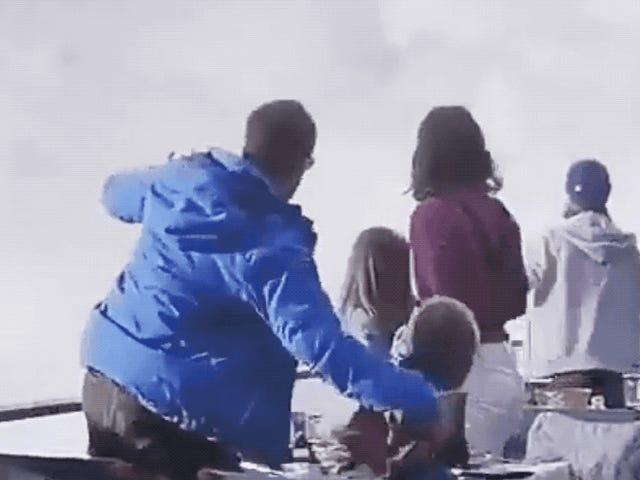 Ese video viral de una familia que huye de avalancha es totalmente falso