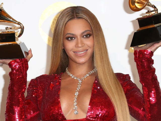 """<a href=""""https://trackrecord.net/beyonce-is-the-richest-woman-in-music-sorry-taylor-1820639059"""" data-id="""""""" onClick=""""window.ga('send', 'event', 'Permalink page click', 'Permalink page click - post header', 'standard');"""">Beyoncé is the Richest Woman in Music, Sorry Taylor</a>"""