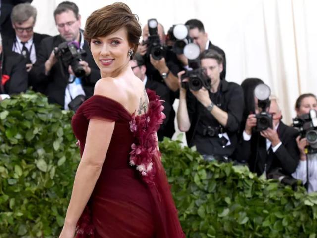 Scarlett Johansson Vehemently Denies Auditioning to Date Tom Cruise