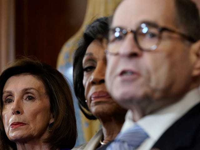 How the Many Faces of Maxine Waters' Shade Stole the House Dems Impeachment Announcement