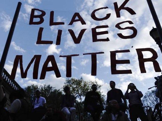 なぜ黒人生活問題運動はチャータースクールに参加しなければならないのか
