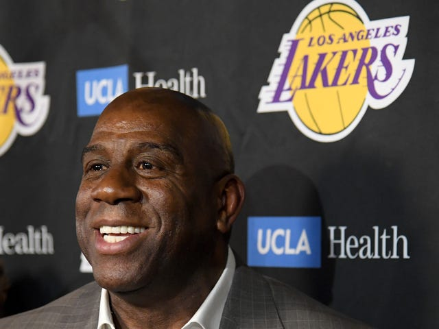 Magic Johnson Quit His Job So He Could Tweet More And He Seems Very Happy