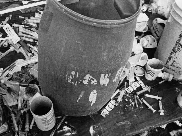 В 40-летие Джонастауна, оставшиеся в живых помнят ужас резни и отчуждение Fallout