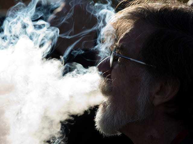 New Study Links Vaping to Chronic Lung Illness in Humans