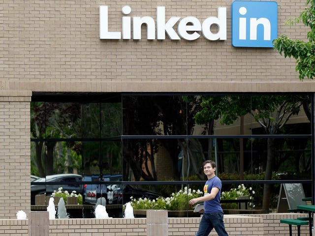 LinkedIn Restricts Job-Posting Features in China After Pressure From Authorities