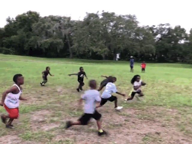 Bu 6 Yaşındaki Çok Güçlü Ve Hızlı