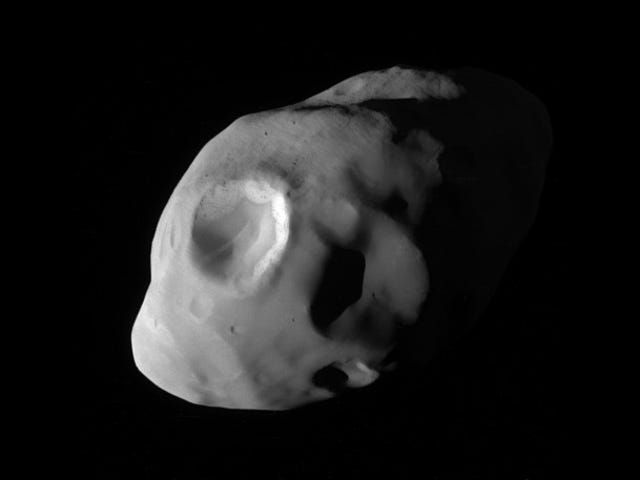 This Is Our Best Look Yet At Saturn's Moon Pandora
