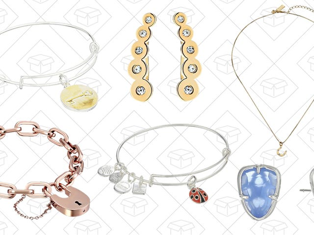 Get Your Holiday Gifts Already Figured Out With this Jewelry Sale from Amazon
