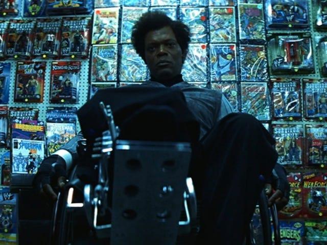 Ensimmäinen videokuva <i>Unbreakable</i> sekvenssilasista sisältää Supervillain Team-Upin