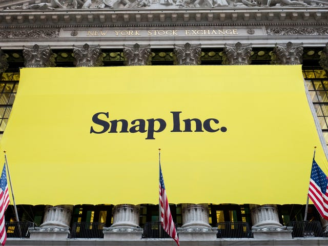 Here's What Snapchat's Desperate Gamble on a Redesign Allegedly Looks Like