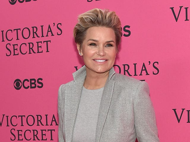 Newly Separated Yolanda Foster Is Reportedly Broke As a Joke