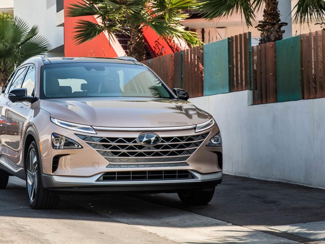 Is The Hyundai Nexo Available In Rose Gold? A Jalopnik Investigation