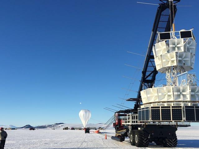 न्यू पार्टिकल 'असामान्य' अंटार्कटिक वेदर बैलून डिटेक्शन की व्याख्या कर सकता है