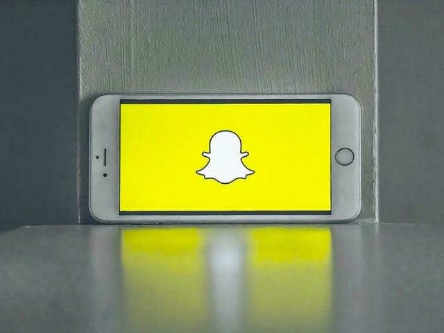 How to Revert the Snapchat App Back to the Pre-Redesign Version