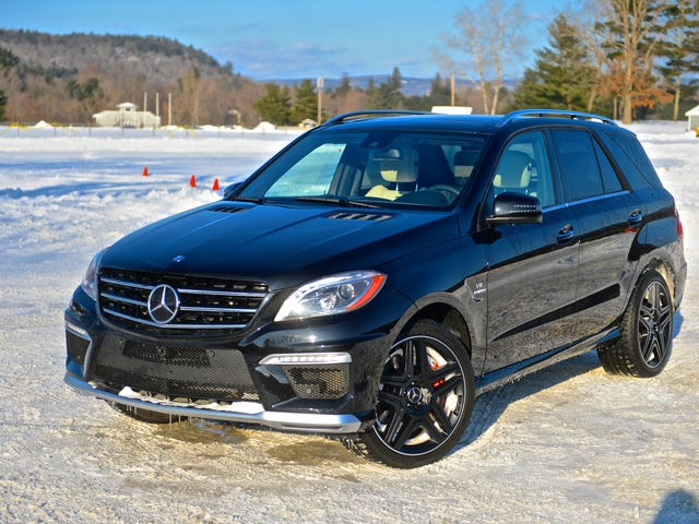 Five Thoughts We Had Hooning the Last ML63 AMG at a Winter Autocross