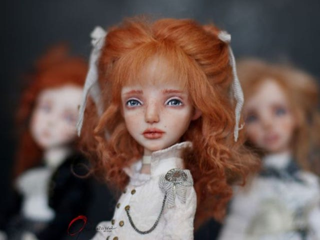 Sad-Eyed Dolls by Helena Oplakanska