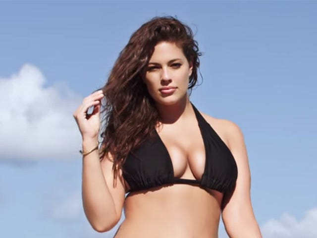 <i>Sports Illustrated</i> modelo de bikini más tamaño por primera vez