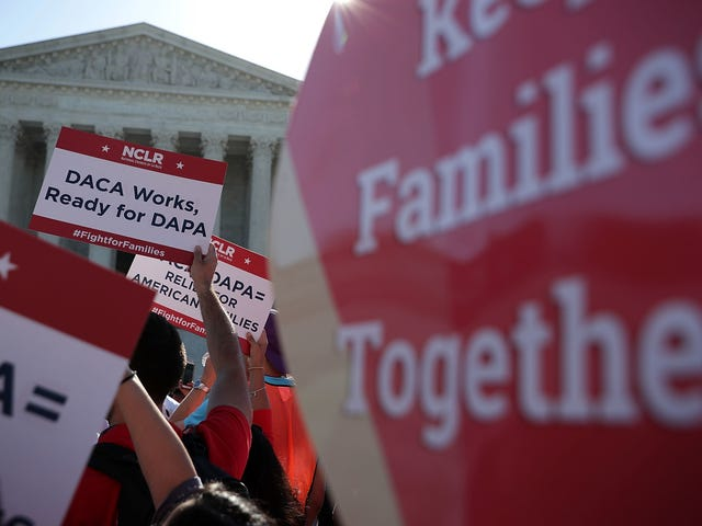 Study Shows Just How Stressed Out Latino Parents Are Over Immigration Policy
