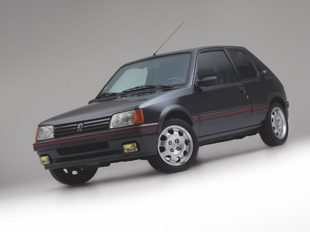 NPOCP: armored Peugeot 205 GTi