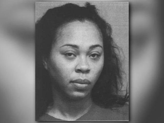 Τέξας Γυναίκα Fatally πυροβόλησε τον ύπνο φίλο πριν από τη διάσπαση του σώματός του και τη φυγή, οι αστυνομικοί λένε