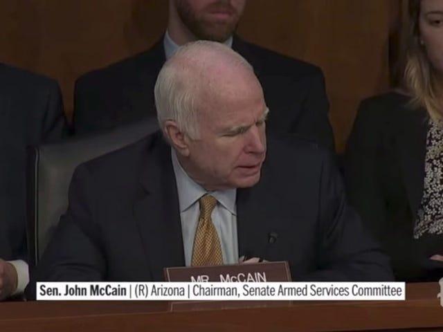 Är John McCain okej [Uppdaterad]