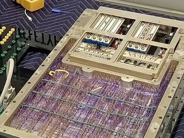 Це займе цей 50-річний комп'ютер НАСА більше, ніж Quintillion років Mine єдиний блок Bitcoin