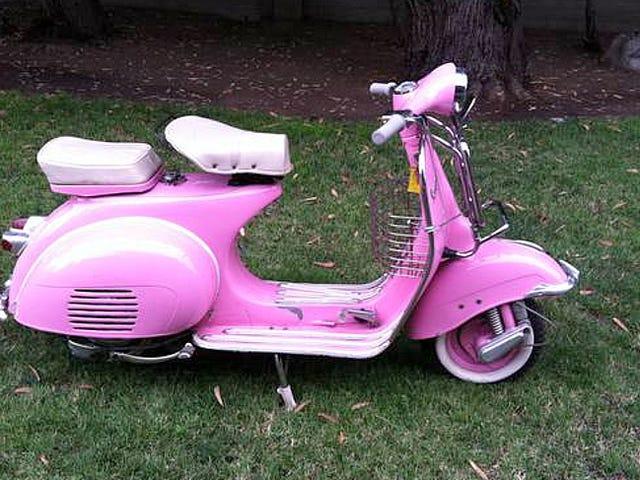 Saat $ 2500, tämä 1960-jotain Piaggio Vespa voisi tehdä sinut melko vaaleanpunainen