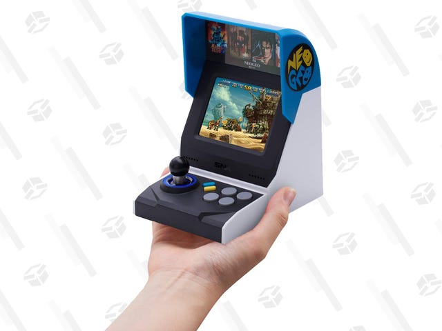 The Neo Geo Mini International Edition Is Cheaper Than Ever at $30