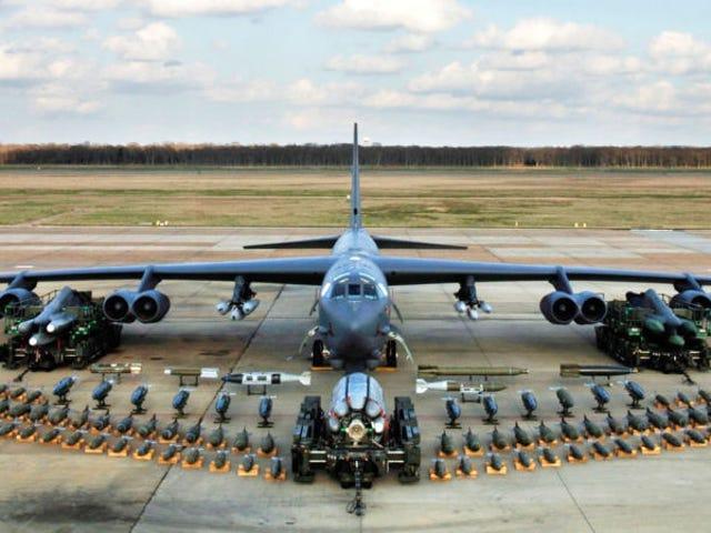 Estados Unidos parece estar preparando um bombardeiro nuclear B-52 para cualquier amenaza de Corea del Norte
