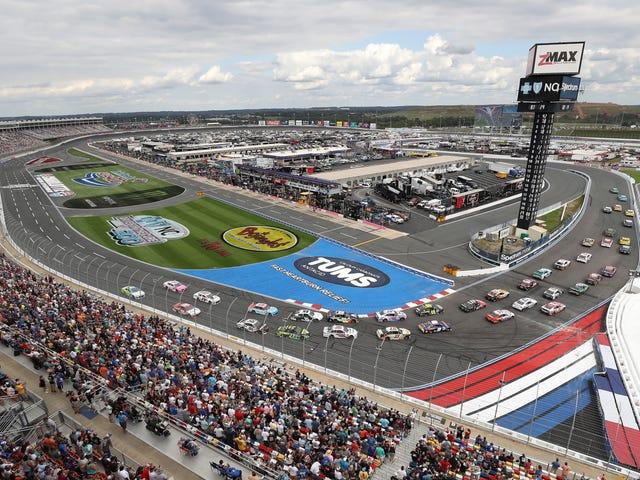 Роваль был зрелищем и переменами, необходим NASCAR