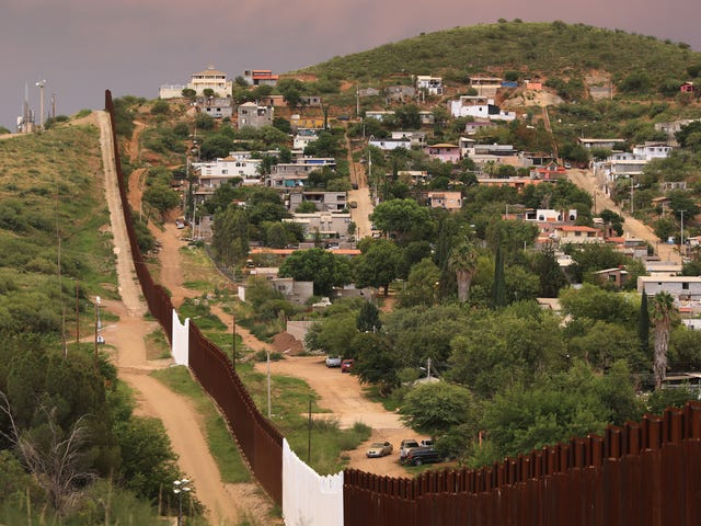 Arizona Lawmaker Wants to Tax Internet Porn to Pay for Border Wall
