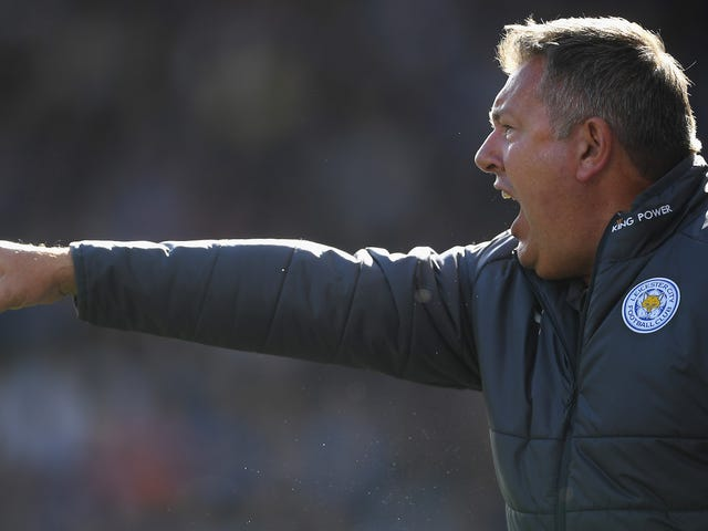 Craig Shakespeare Dipecat Oleh Leicester City