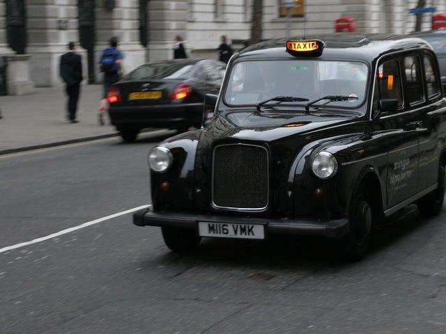 Los surrealistas requisitos del legendario examen para ser taxista en Londres