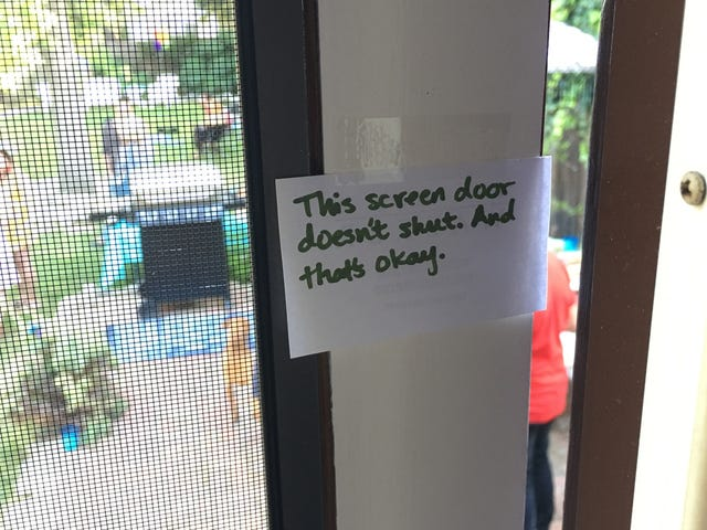 Place Notes Around Your Party to Make Your Guests More Comfortable
