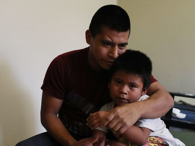Lawsuit Alleges ICE Is Pressuring Migrant Parents to Drop Their Children's Immigration Cases to Speed Up Deportation